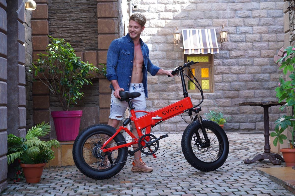 Svitch bike in red