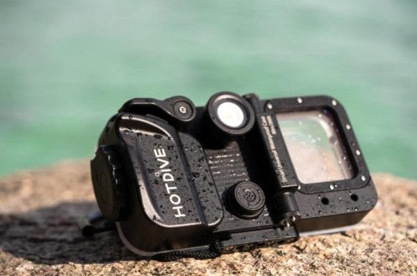 HotDive - Turn your phone into a smart diving gear product shot