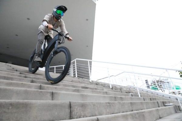 Reevo Bike down steps