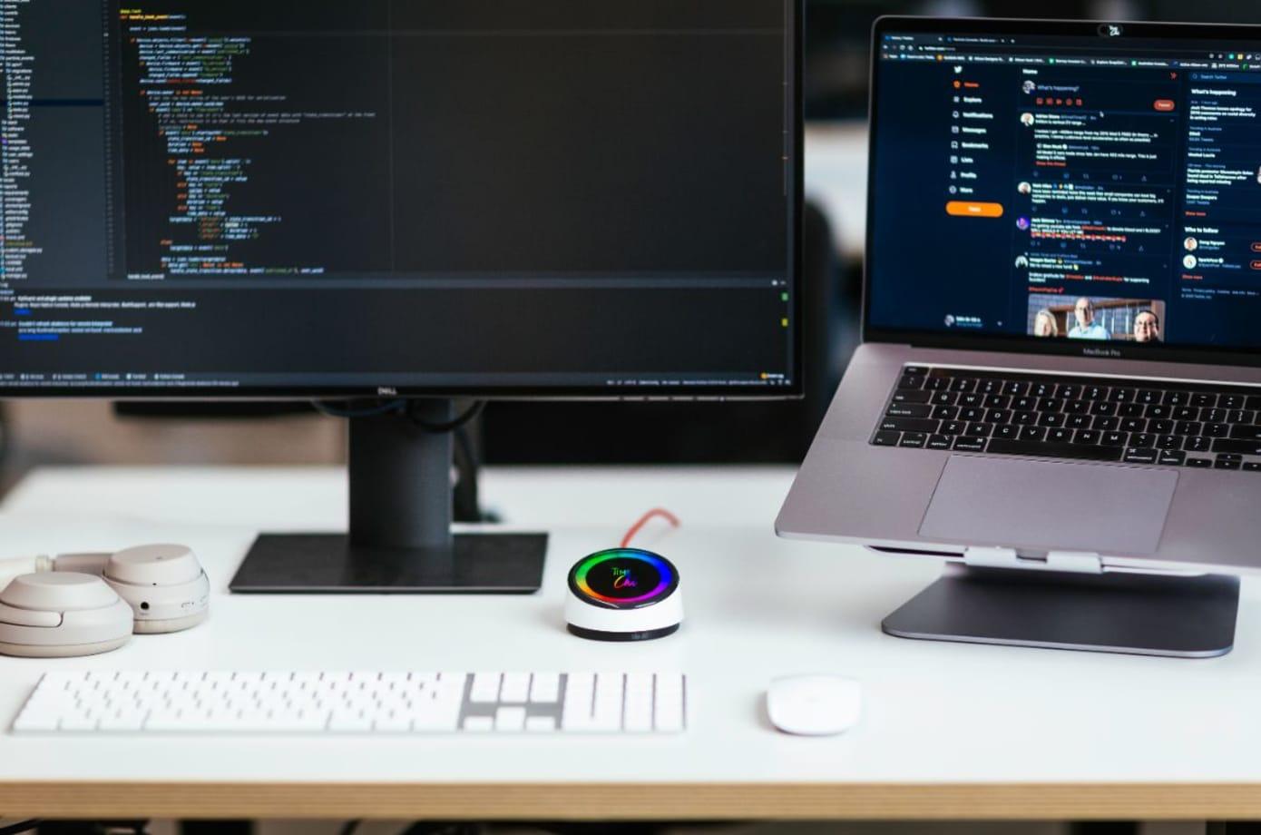 TimeChi On Desk